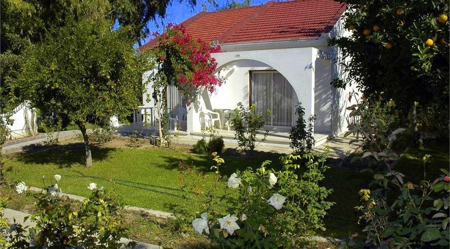 Rose Gardens Holiday Village