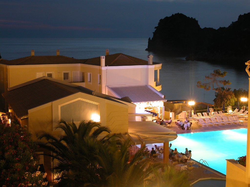 Ithea Suites Hotel (ermones) (c)