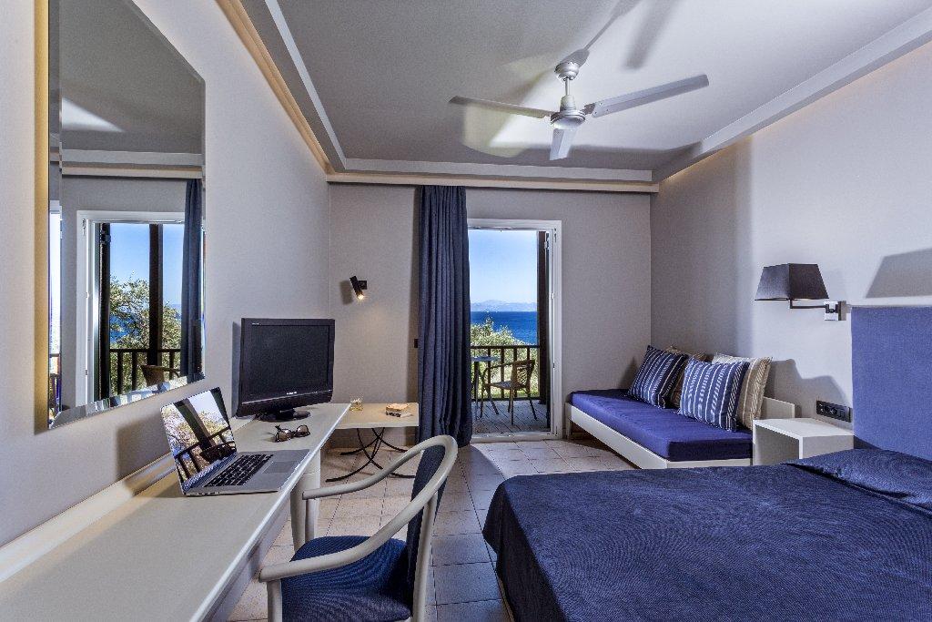 Aeolos Beach Resort (perama) (c)