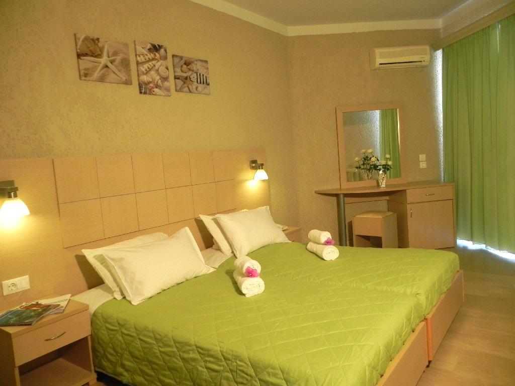 Alkionis Hotel (moraitika) (c)