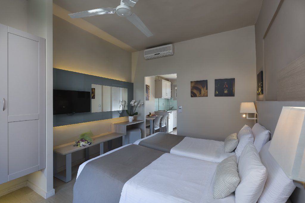 Acharavi Beach Hotel (acharavi) (c)