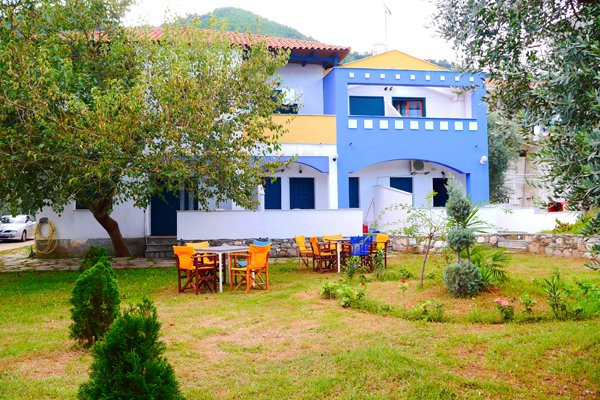 Blue Sky Villas (skala Potamias)