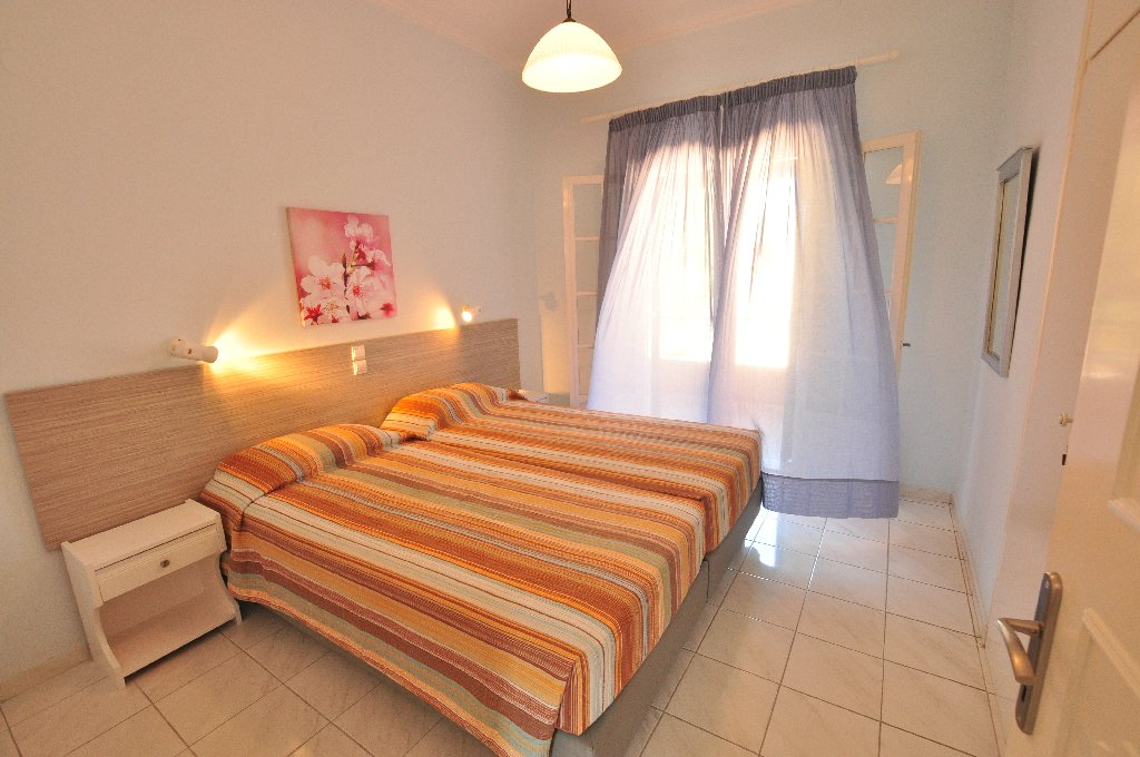 Elena Apartments (acharavi) (c)