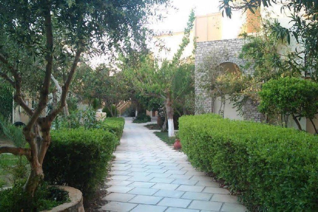 Kavros Garden (k)