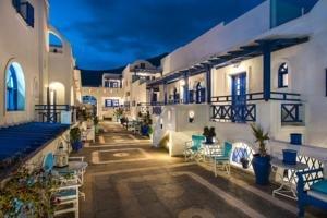 Samsons Village (perissa - Santorini)