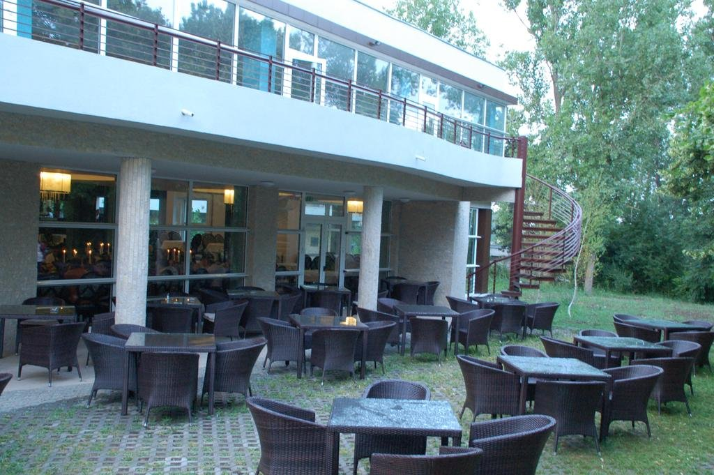 Hotel 2d Resort And Spa