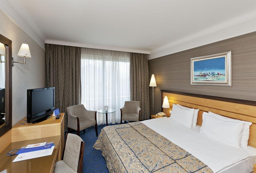 Porto Bello Resort And Spa
