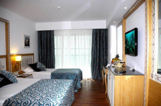 Crystal Waterworld Resort - Spa