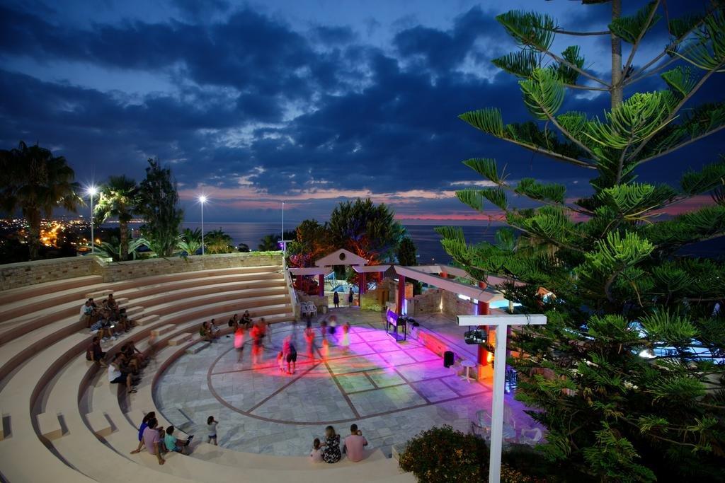 Rethymno Mare Royal Waterpark - Bomo