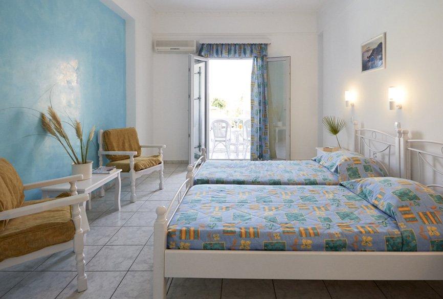Blue Sea (kamari - Santorini)