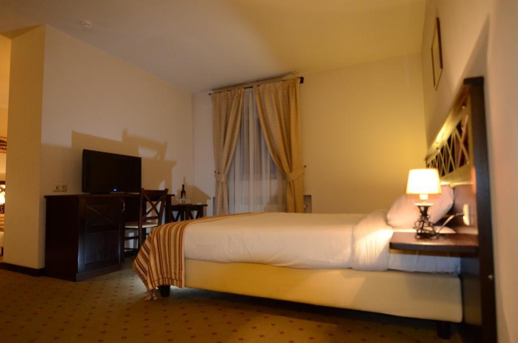 Hotel Gradina Morii (sighetul Marmatiei)