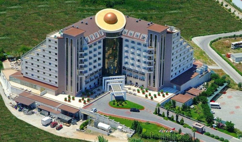 Saturn Palace