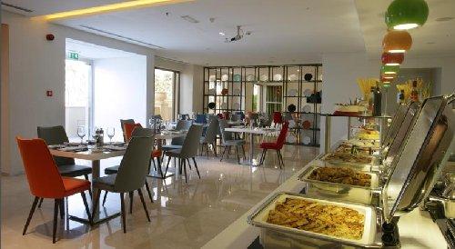 Ramada Suites By Wyndham Dubai Jbr