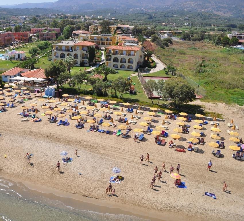 Vantaris Beach (c)