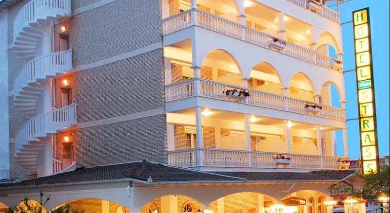 Hotel Strass (paralia Katerini)