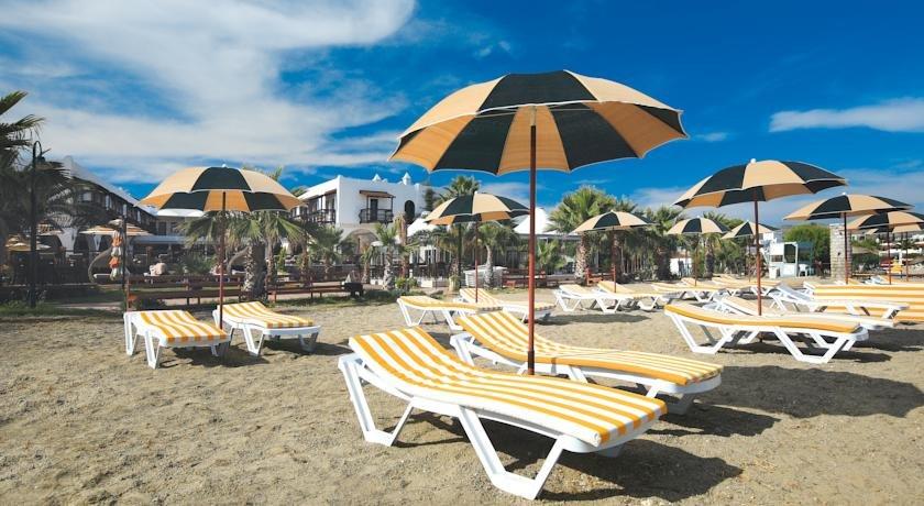 Costa Bitezhan Beach Hotel (bitez)