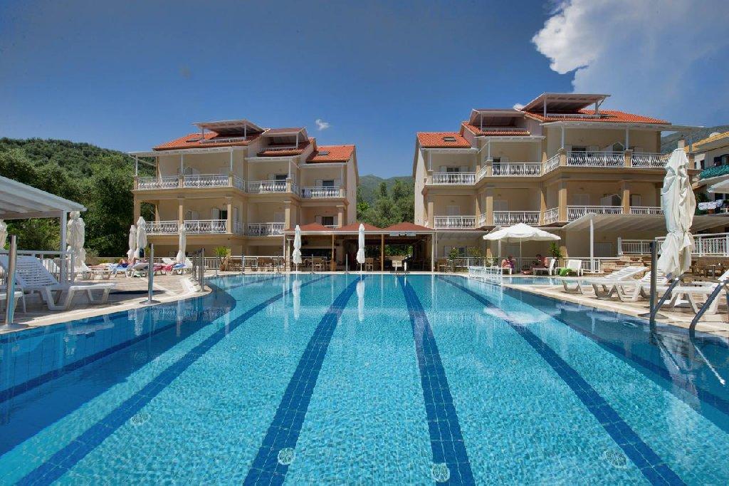 Elena Hotel - Apartments (parga)