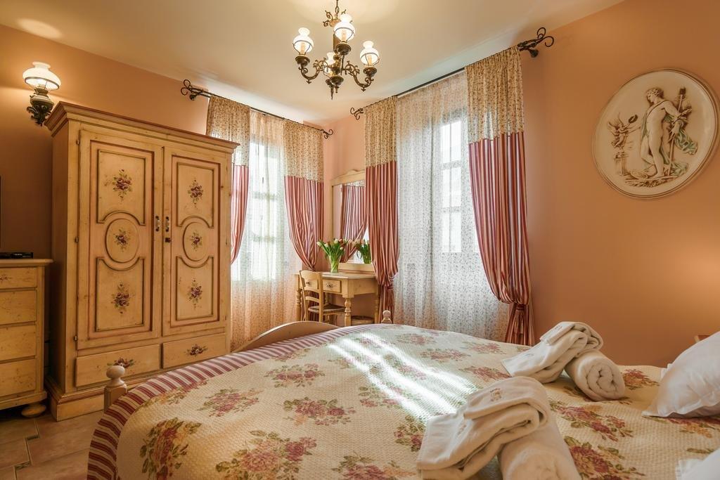 Hotel Monte Cristo (old Town Kotor)