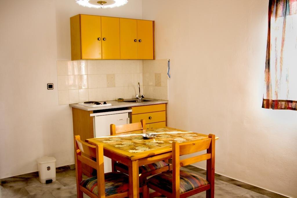 Popi Aparthotel (k)