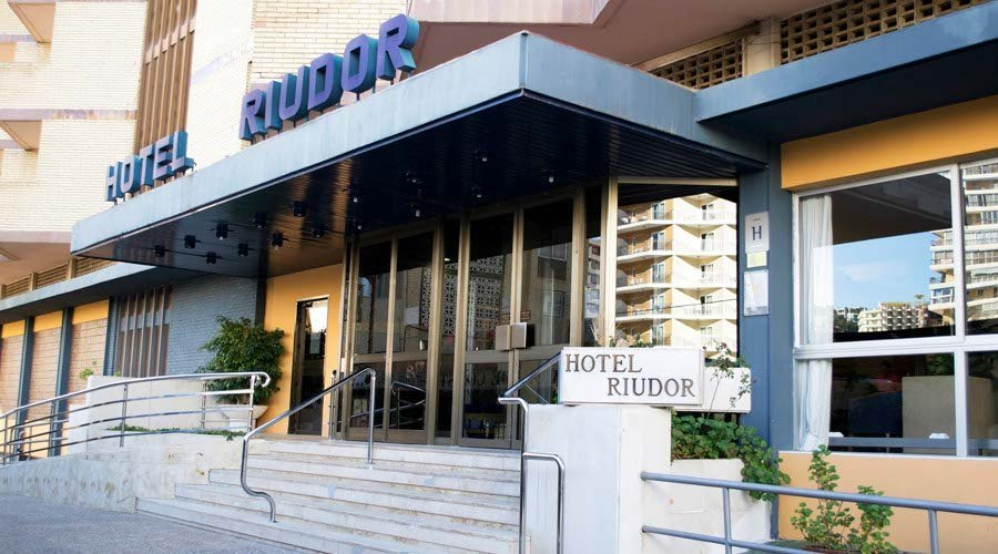 Riudor (Adults Only)
