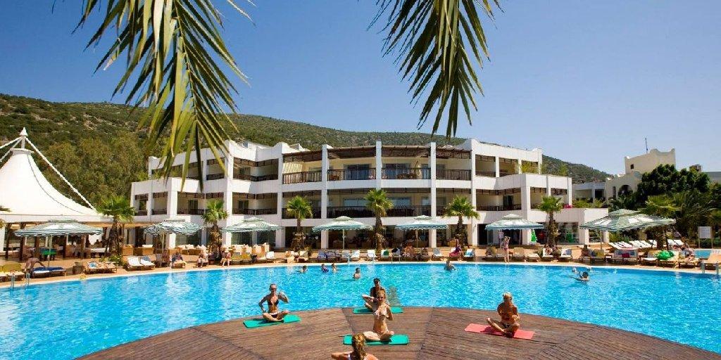 Latanya Park Resort (yaliciftlik)