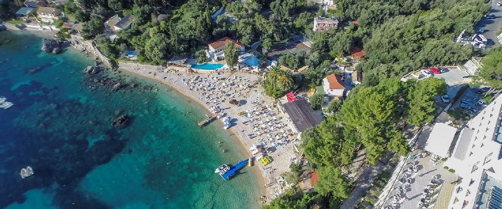 Akrotiri Beach (paleokastritsa)