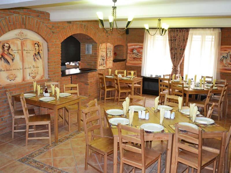 Club Vila Bran - Micul Castel