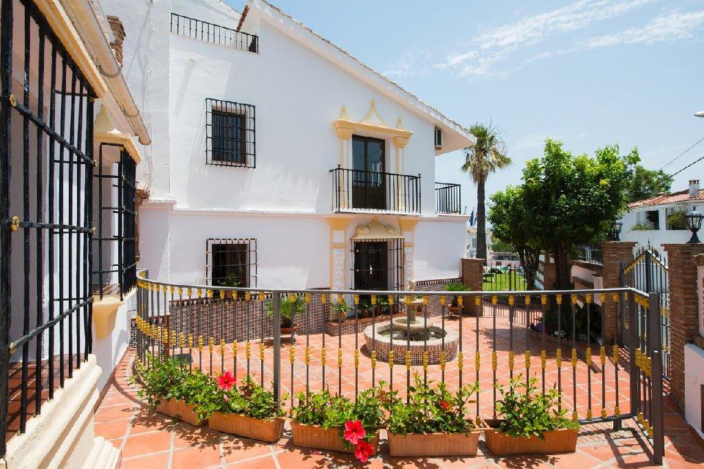 La Baranda Apartamentos 1 key