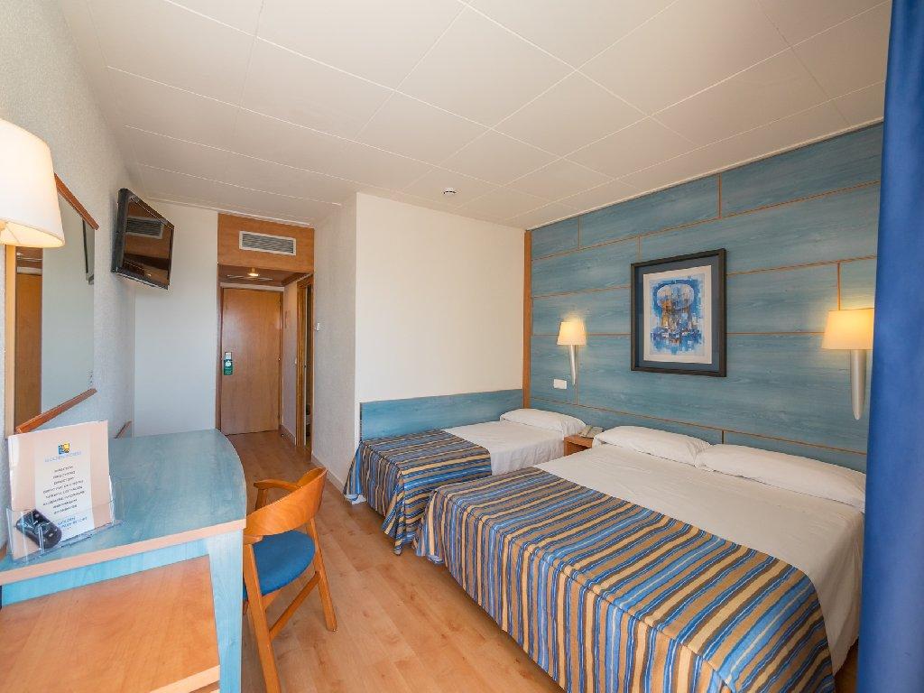 Golden Taurus Aquapark Resort (pineda De Mar)
