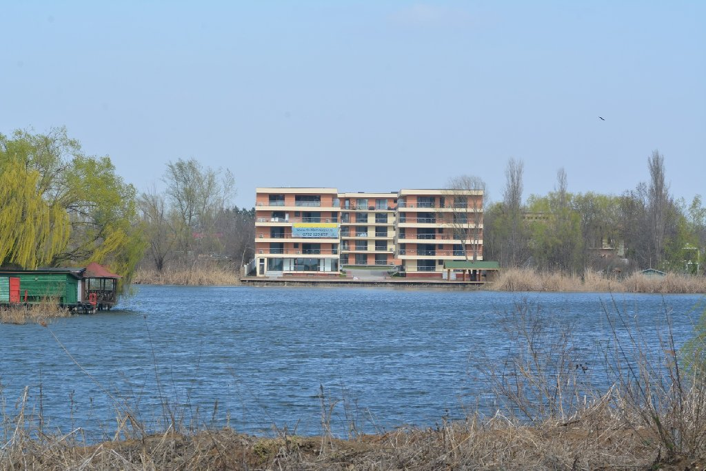 Snagov Lake Suites