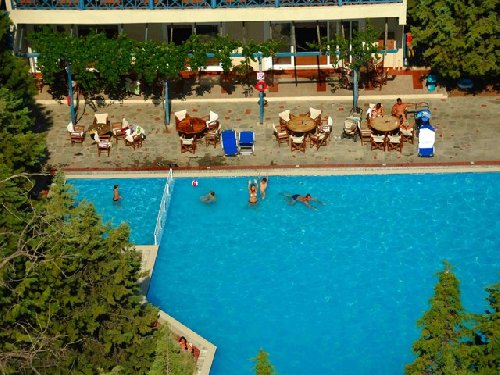 Zoe Hotel (ex Trypiti Hotel Suites)