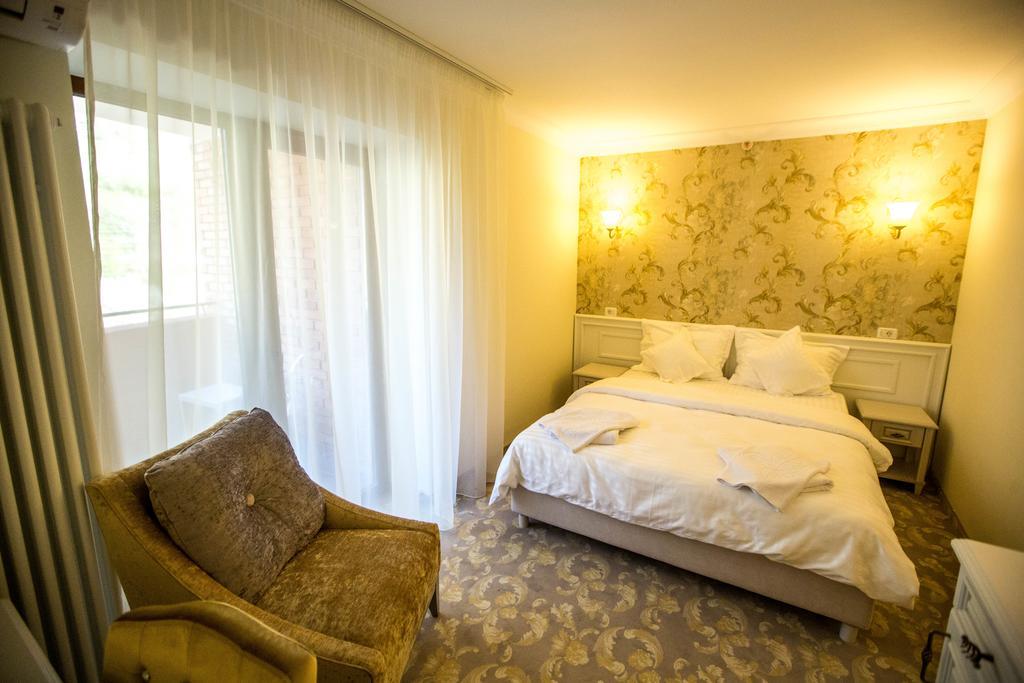 Minerva Grand Hotel Resort Amp; Spa